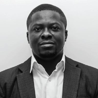 <h4>Abayomi Akindele</h4>